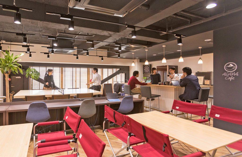 浅間商事上野本社6階カフェスペース