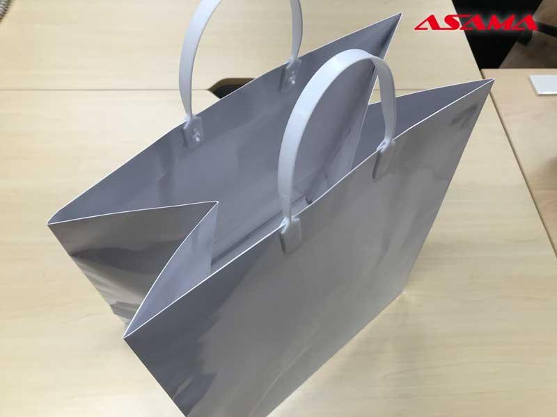 引っ越し用の紙袋