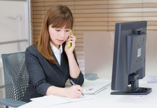 1人雇うより低コスト! システム担当者の退職を機にネットワークの見える化・改善